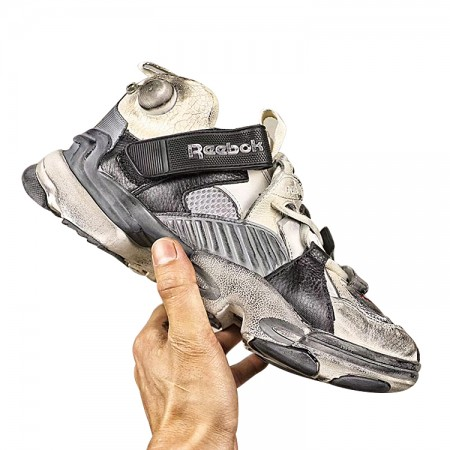 Fake Vetements × Reebok Genetically Modified Pump Red Black for Sale